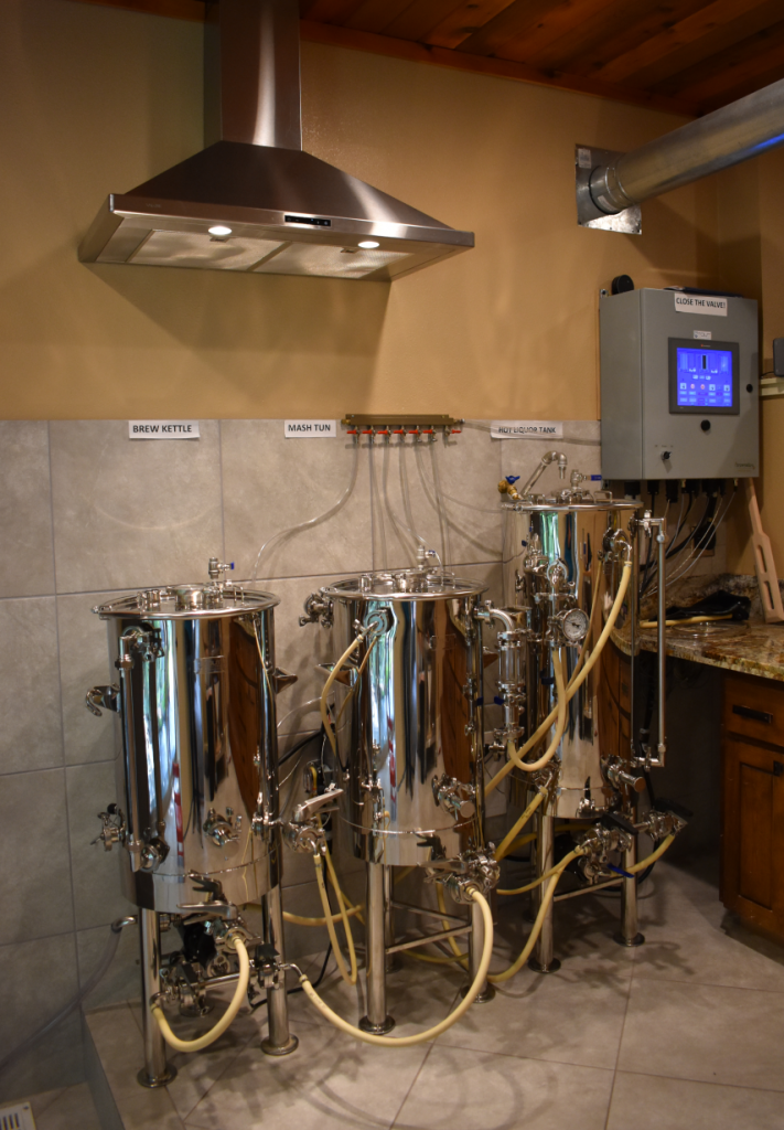low oxygen brewing system by Stout Tanks and Kettles 1