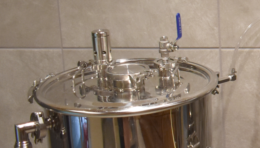 Mash Tun lid with VPRV, 3 inch tri clamp port, and a 1 quarter inch ball valve