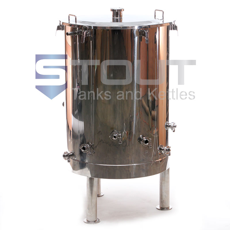 3 bbl hot liquor tank used with a 3 bbl brewing system - front view