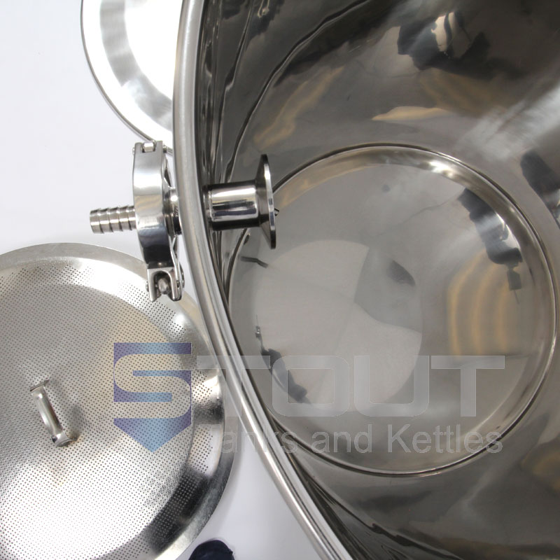 This 75 Gallon Mash Tun that features a Thermowell, Thermometer and Recirculating Fitting and is made by Stout Tanks and Kettles